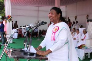 HE Governer of jharkhand Draupadi murmu